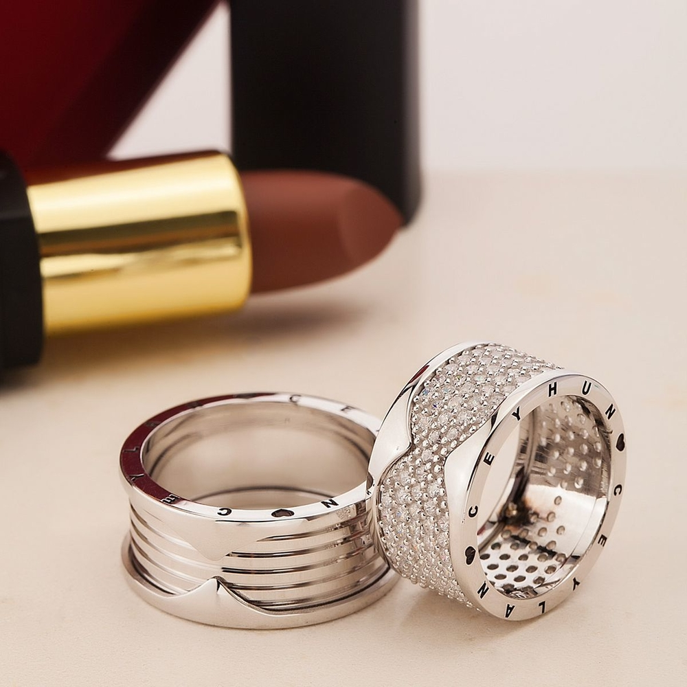 Farklı Tasarım İsimli Ve Tarihli Gümüş Alyans Bv107